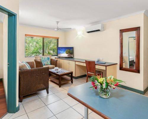cairns-queensland-1-bedroom-suite (2)