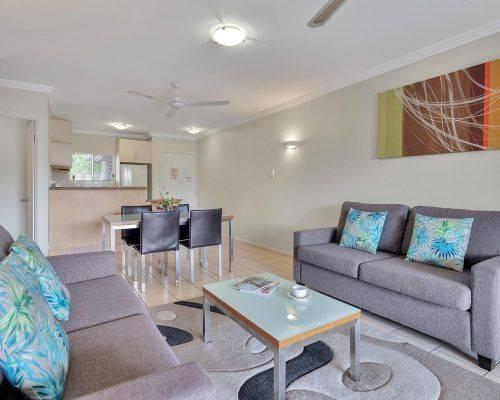 cairns-queensland-2-bedroom-suite (1)