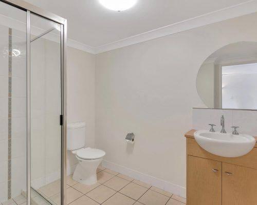 cairns-queensland-2-bedroom-suite (14)