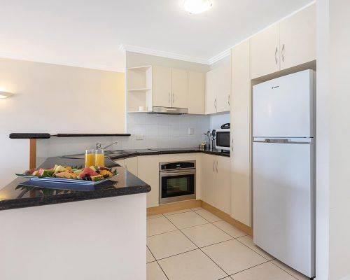 cairns-queensland-3-bedroom-suite (7)
