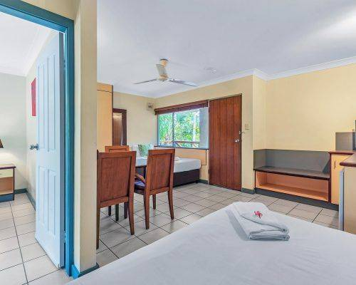 cairns-queensland-family-suite-apartments (1)