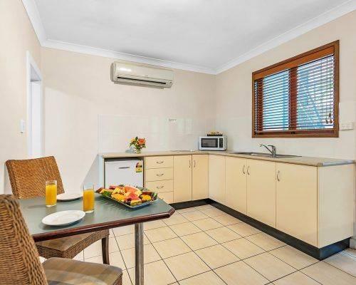 queensland-cairns-studio-room-apartment (3)
