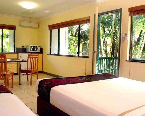studio-room-cairns-queensland-accommodation